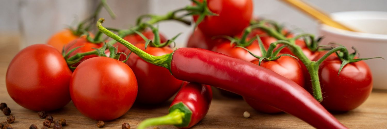 tomatoes-5365186_1920